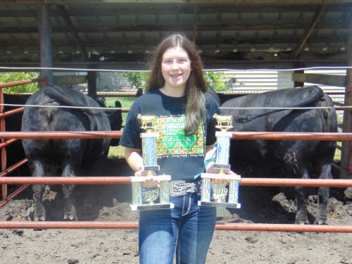 Champion Heifer Feeder Pen and Champion Rate of Gain Heifer Feeder Pen Haley McClue