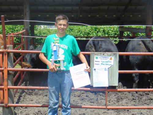Champion Steer Feeder Pen and Grand Champion Feeder Pen Tyler Lightner